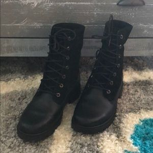 NWOT Timberland Boots.